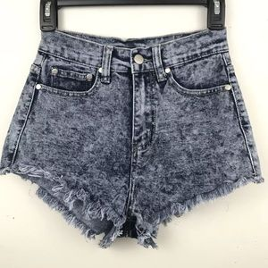 FOREVER 21 Shorts Stonewashed Jeans Distressed 90s